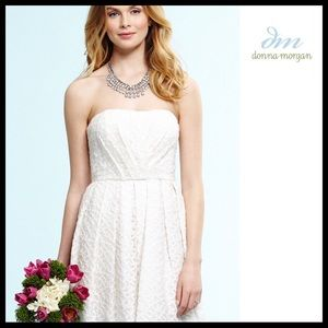 DONNA MORGAN STRAPLESS SHORT FORMAL DRESS A3C
